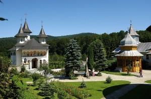 PerlaDurau-Manastirea_Sihastria